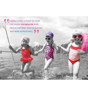 FR/Friendship Girls Beach