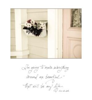 NH/Bouquet Inside Mailbox