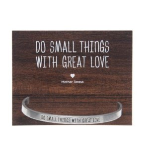 QUOTECUFF/Do Small on Card